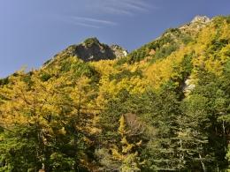 紅葉上高地10月下旬、明神池二之池 (2)