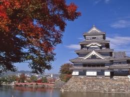 松本城10月紅葉(1)