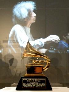 「ラヴェル:歌劇『こどもと魔法』グラミー賞受賞 特別展」