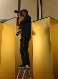 公式のカメラマン