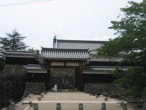 タウンスニーカー北コース (8)松本城・市役所前停留所