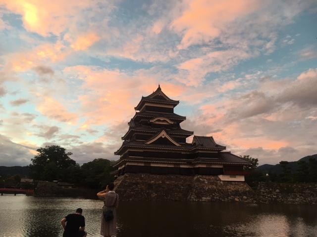 美し過ぎる空と松本城